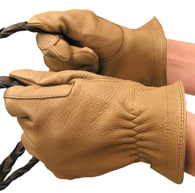 Лучший вариант - удобные хлопковые перчатки, которые прострачивают в два этапа возле пальцев